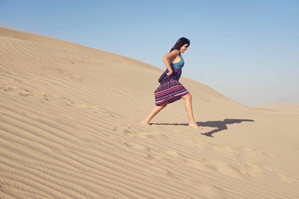 Portraiture on location - desert dunes fun